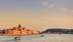 budapest-parlament-gellertberg-32974-300x174