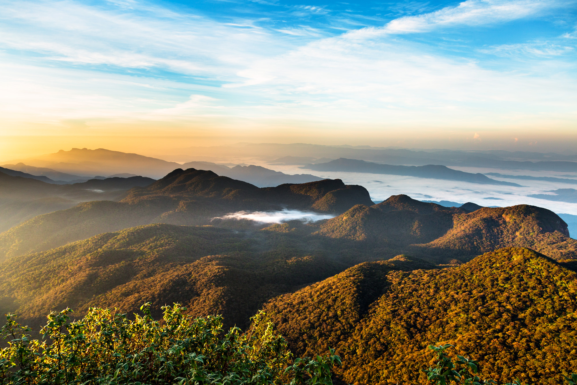 Sunrise over Adam's peak, Sri Lanka. 7 Reasons Why Holidaying in Sri Lanka Saves You Money - SpaDreams