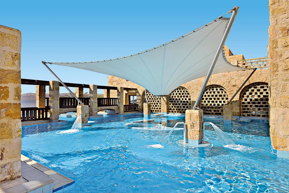 Mövenpick dead sea spa jordan, one of the best destinations to visit in spring