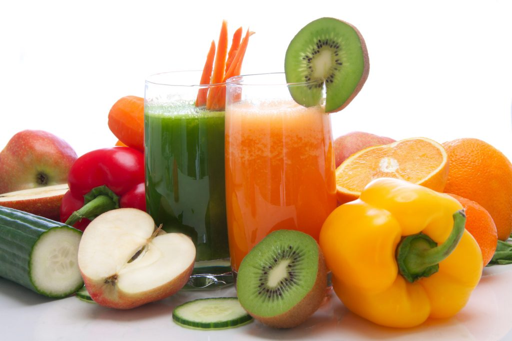 Therapeutic fasting with fresh and colorful fruit and vegetable juices